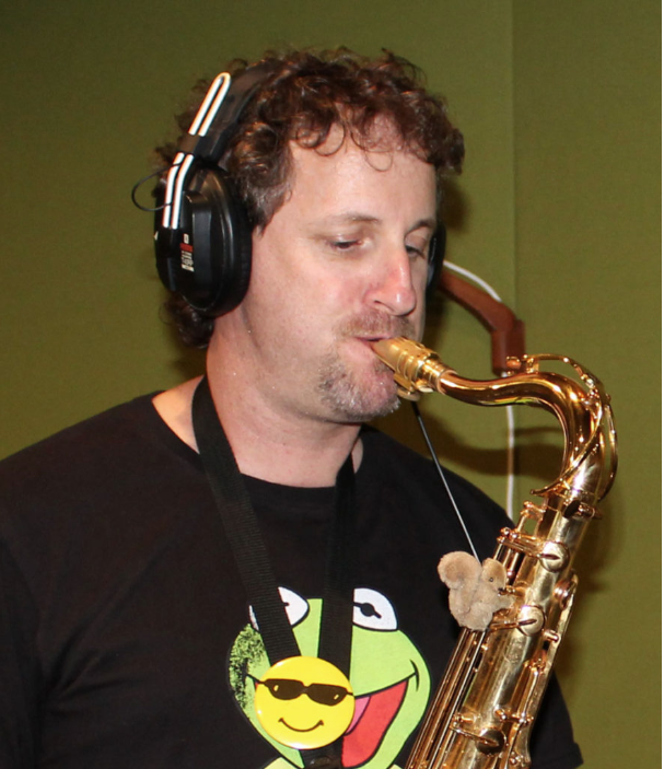 Matthew from How to Play Your Sax playing his sax
